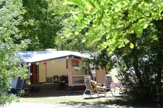 Emplacement camping nature et espace centre