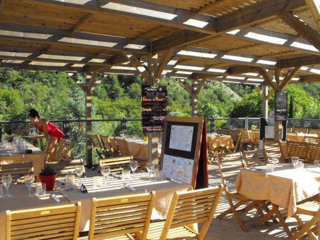 Restaurant Bar Snack au camping la Source du Jabron en Drôme Provençale